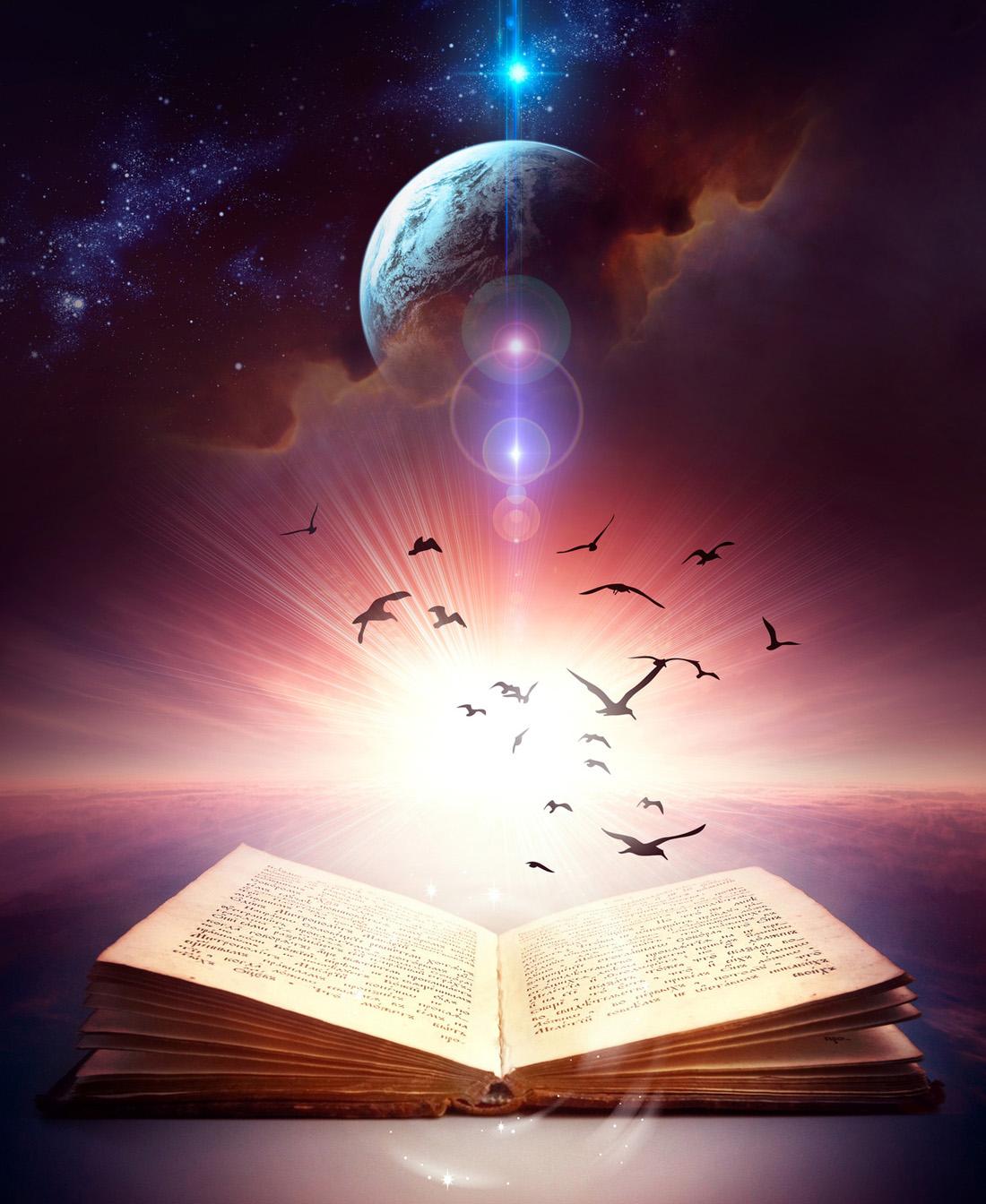 Che rapporto c'è tra divinazione e cartomanzia?